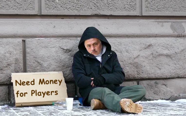 Mourinho Begging